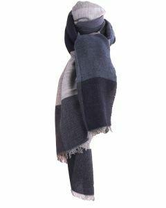 Fijn geweven sjaal met kleurvlakken in  grijs en blauw