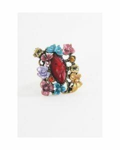 Koperkleurige ring met rode steen en een bloemenrand