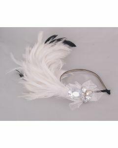 Ivoor coq veren haaraccessoire met strass en tule op skinny haarband