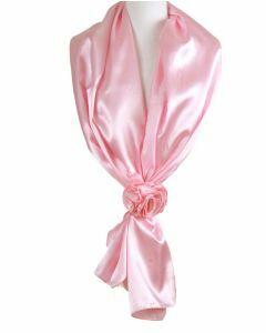 Lichtroze stola van satijn met rozen corsage