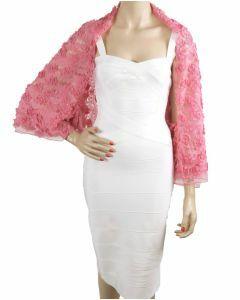 Roze capescarf met lintstiksels