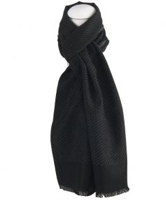 Zwarte zachte wol-blend sjaal met stippen