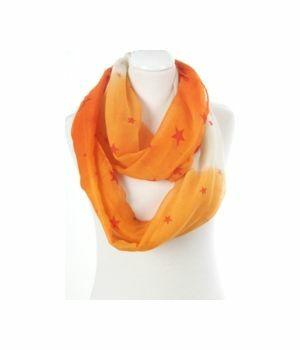 Kolsjaal met kleurverloop van oranje naar off-white