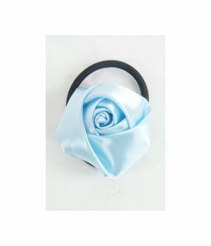Haarelastiek met lichtblauwe roos