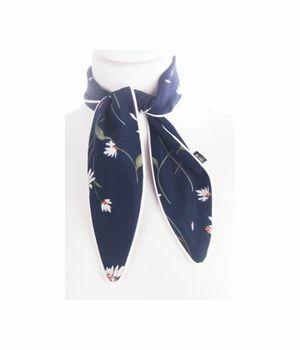 Smal donkerblauw sjaaltje met madeliefjes print