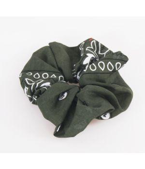 Legergroene boerenzakdoek scrunchie