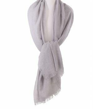 Lichtgrijze stola/sjaal van 100% kasjmier