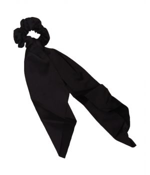 Satijnen scrunchie in zwart met lint