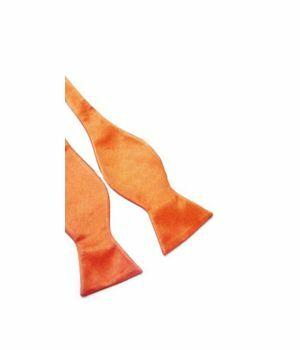 Oranje dubbellaags satijnen zelfstrik vlinderdas